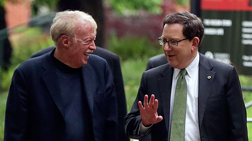 Nike's Phil Knight with UO President Michael Schill